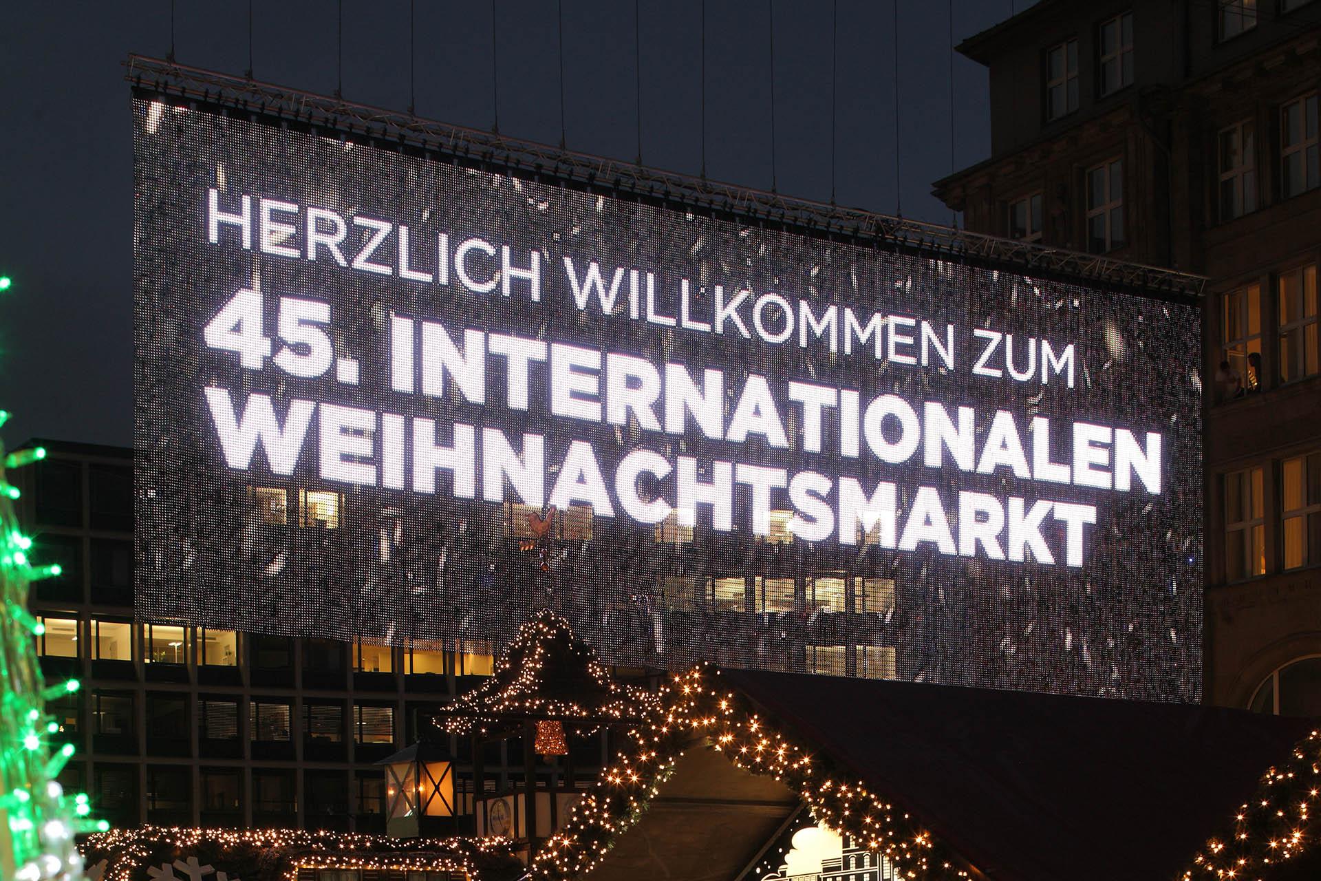 Essener Lichterwochen with LED-mesh by Innlights - Innlights